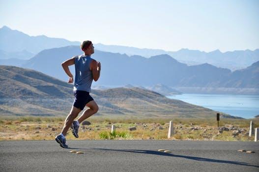 Runner_eroica15-18_vittorio-veneto_marathon