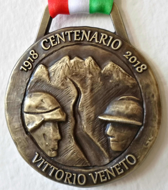 retro_medaglia_centenario_sindaco_roberto_tonon_eroica15-18_ministro_luca-lotti_18-marzo2018